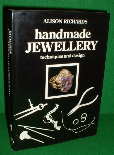 Image for HANDMADE JEWELLERY TECHNIQUES AND DESIGN